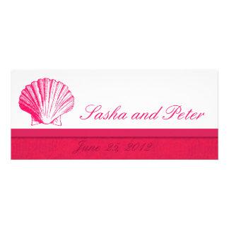 Invitations roses profondes de mariage de plage de