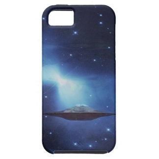 iPhone 5 Case Objet de vol d'UFO dans l'espace