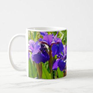 Iris pourpres ! mug blanc