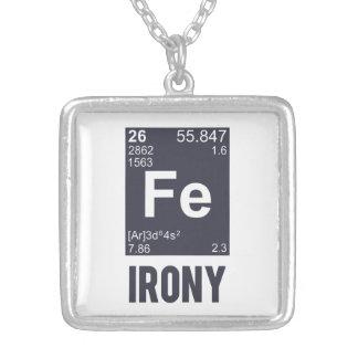 Ironie ironique de Fe d'élément chimique Collier