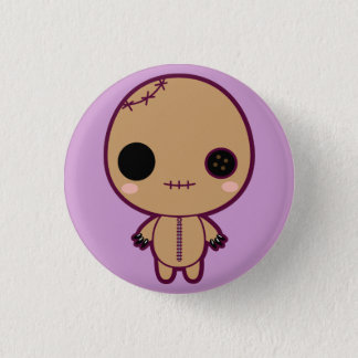 Itami la poupée de vaudou badge