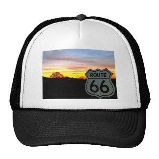 Itinéraire 66 au coucher du soleil casquettes