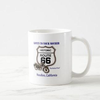 Itinéraire 66-Listen à vos aiguilles de mère Mug