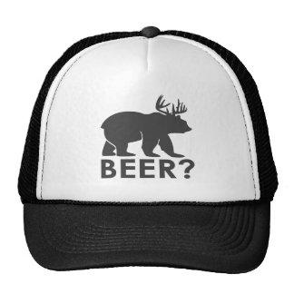 itinéraire noir et blanc d'ours de bière de casquettes