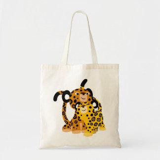 Jaguars mignons de bande dessinée dans le sac