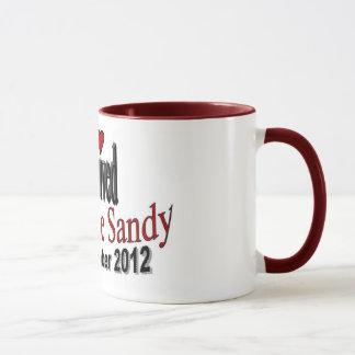 J'ai survécu à la tasse de café de Sandy d'ouragan