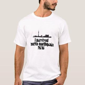 J'ai survécu au T-shirt 2010 de tremblement de