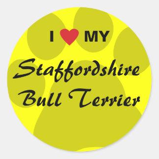 J'aime (coeur) mon bull-terrier du Staffordshire Sticker Rond