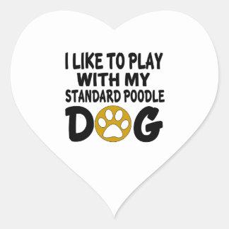 J'aime jouer avec mon chien de caniche standard sticker cœur