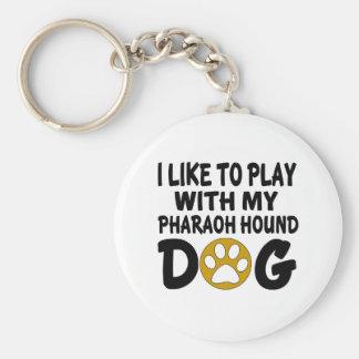 J'aime jouer avec mon chien de chasse de pharaon porte-clé rond