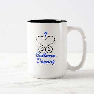 J'aime la tasse de café de danse de salon