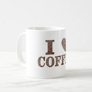 J'aime le café dans la tasse de valeur d'haricots