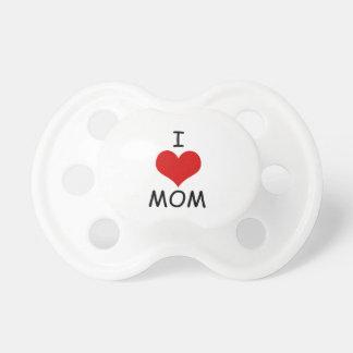 J'aime le simulacre de maman tétine