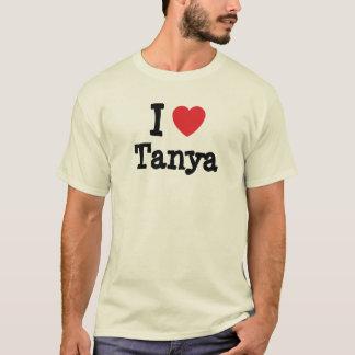 J'aime le T-shirt de coeur de Tanya