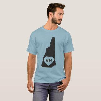 J'aime le T-shirt foncé des hommes d'état du New