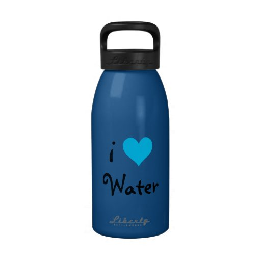 J'aime l'eau bouteilles d'eau