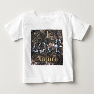 J'aime l'habillement et les cadeaux de nature t-shirts