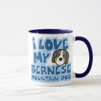 J'aime ma tasse de chien de montagne de Bernese