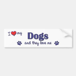 J'aime mes chiens (les chiens multiples) autocollant de voiture