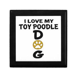 J'aime mes conceptions de chien de caniche de petite boîte à bijoux carrée