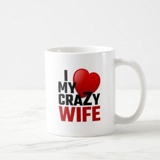 J'aime mon épouse folle mug blanc
