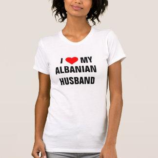 """""""J'aime mon mari albanais """" T-shirts"""