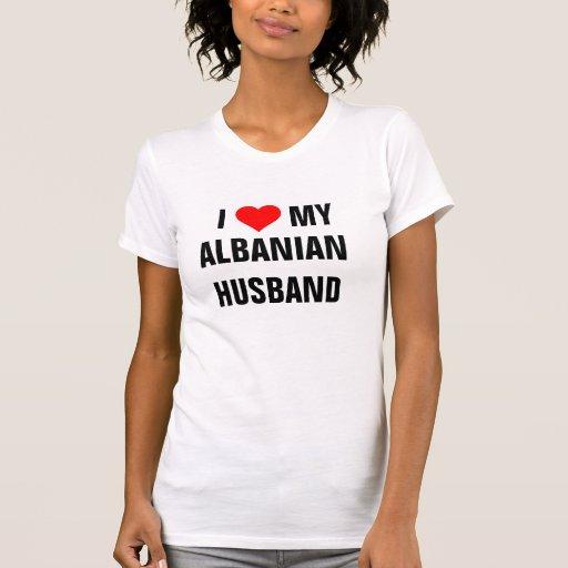 """""""J'aime mon mari albanais """" T-shirt"""