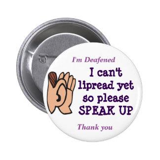 Je biseaute lu sur les lèvres svp parle vers le badge