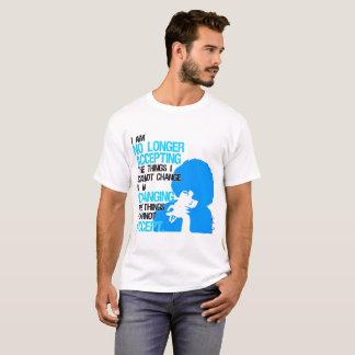 Je change le T-shirt de base des hommes de choses
