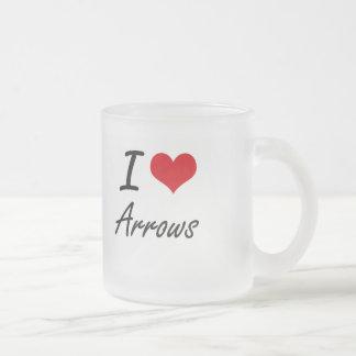 Je conception artistique de flèches d'amour mug en verre givré