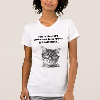 Je corrige silencieusement votre T-shirt de chat