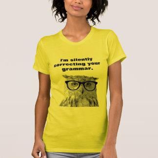 Je corrige silencieusement votre T-shirt de hibou