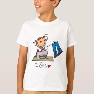 Je couds le T-shirts et les cadeaux