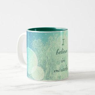 Je crois à la conception de gel de miracles tasse 2 couleurs