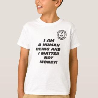 Je de l'enfant suis un T-shirt d'être humain