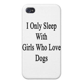 Je dors seulement avec les filles qui aiment des c coques iPhone 4