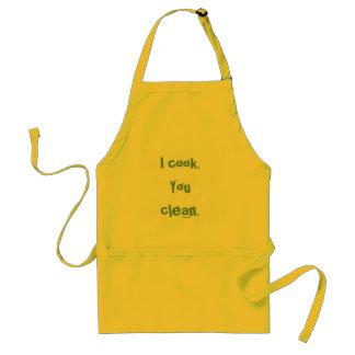 Je fais cuire. Vous nettoyez Tablier
