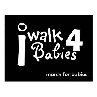 je marche pour la carte postale de bébés