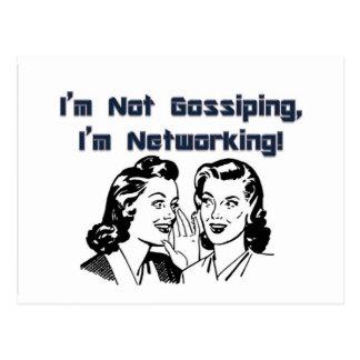 Je ne bavarde pas, je suis mise en réseau ! carte postale