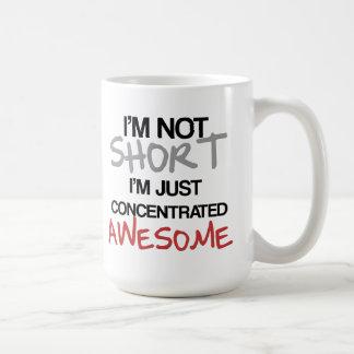 Je ne suis pas court, je suis juste impressionnant mug