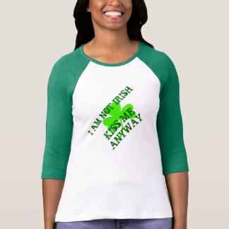 Je ne suis pas irlandais, m'embrasse jour des t-shirt