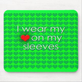 Je porte mon coeur sur mon vert de douilles tapis de souris
