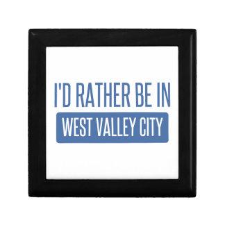 Je serais plutôt dans la ville occidentale de petite boîte à bijoux carrée