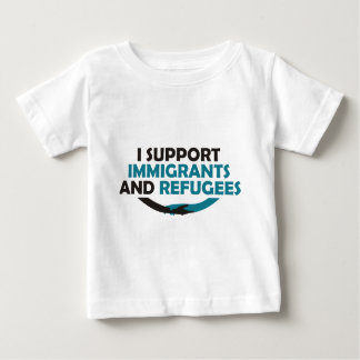 Je soutiens des immigrés et des réfugiés t-shirt pour bébé