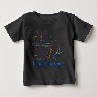 Je suis avec les tambours de T-shirt de bande