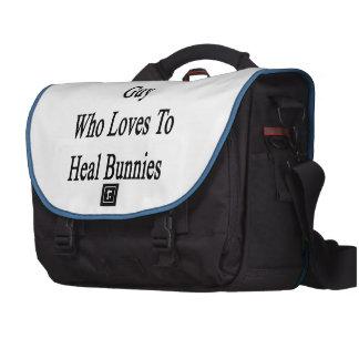 Je suis ce type fou qui aime guérir des lapins sacoche pour ordinateurs portables