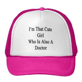 Je suis cette fille mignonne qui est également un  casquette de camionneur