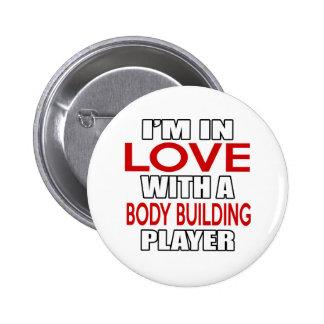 Je suis dans l'amour avec le joueur de MUSCULATION Badge Rond 5 Cm