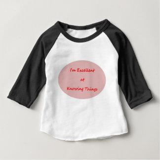 Je suis excellent à savoir des choses t-shirt pour bébé
