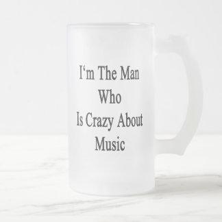 Je suis l'homme qui est fou au sujet de la musique mug en verre givré